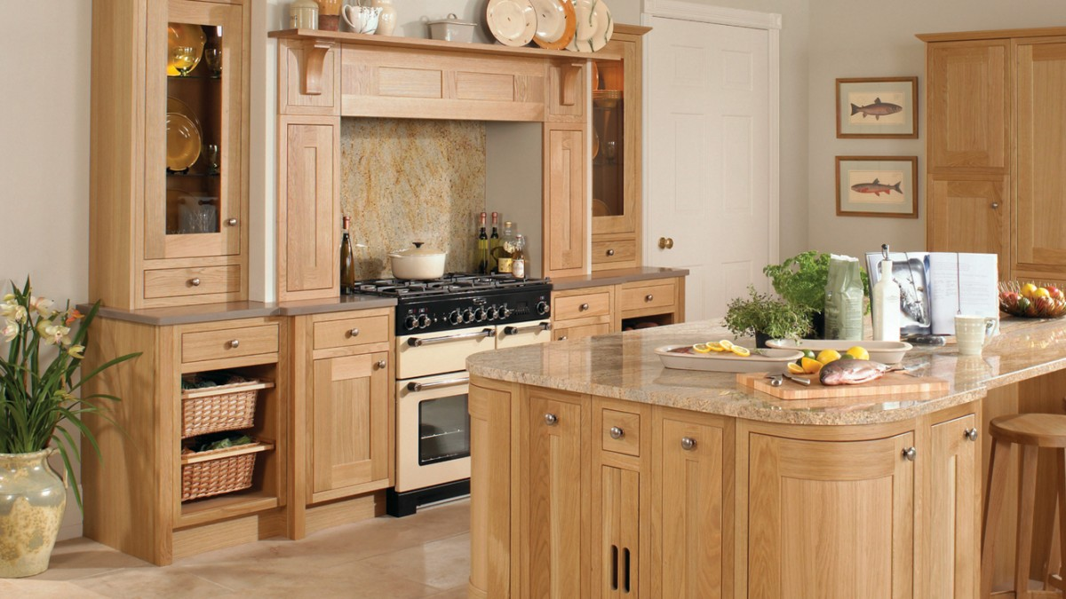 Petworth natural oak kitchen