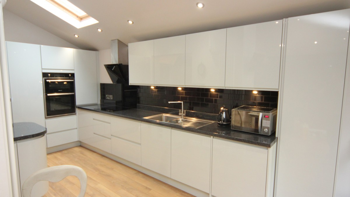 White Contemporary Kitchen with Granite Worktops, Worcester ... on black with white drawers, black with white doors, black with white kitchen floor,